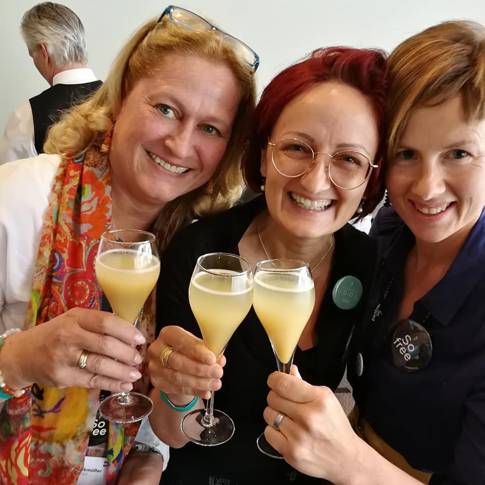 Erfolgreich im Network Marketing mit Birgit, Clara und Michaela