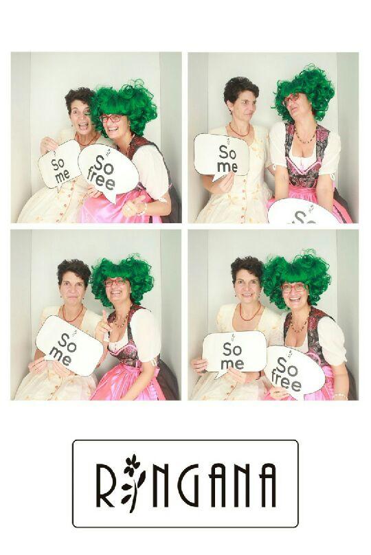 GAlerie-Bilder von Anno dazumal: RINGANA Partnerinnen und Freundinnen Claudia und Clara